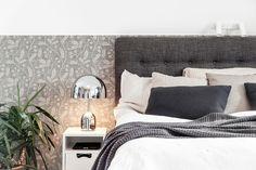 Bell table lamp, Tom Dixon, Asplund, Snö, Sandbergs tapet, master bedroom, sovrum, bäddning