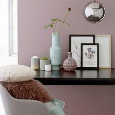 """Ein bisschen Rosa, ein bisschen Violett, ein bisschen Grau ... So richtig leicht ist es nicht, die neue Wohntrendfarbe """"Mauve"""" zu beschreiben..."""