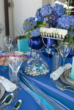 Table settings - The Gorgeous Hanukah Table at Table Set Go in Deal, New Jersey | Kosher Recipes and Jewish Table Settings
