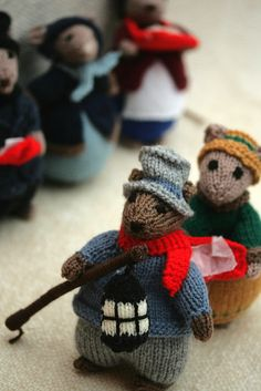 """Knitted mice in Victorian """"street urchin"""" garb–instant classics. """"dickensian mice"""" by minder2007 (via Flickr)."""