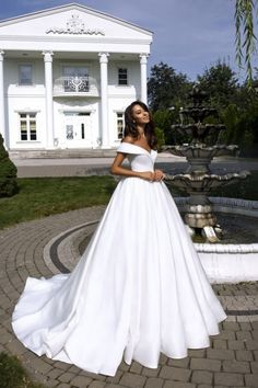 Totally unique fashion forward wedding dresses ,beautiful we.- Totally unique fashion forward wedding dresses ,beautiful wedding dresses Totally unique fashion forward wedding dresses ,beautiful wedding dresses sold by PeachGirlDress on Storenvy - Dream Wedding Dresses, Bridal Dresses, Ballgown Wedding Dress, Wedding Robe, Princess Wedding Dresses, Satin Wedding Dresses, Unique Wedding Dress, Wedding Dress Big Bust, Different Wedding Dress Styles