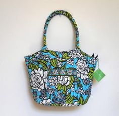 f7801f8aaad7 Vera Bradely Cotton Handbag Sweetheart Shoulder Bag in Island Blooms Medium  Size Bag NEW Shoulder Handbags