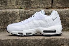 competitive price 33842 f18d1 NIKE AIR MAX 95 ESSENTIAL WHITE WOLF GREY www.cornerstreet.fr