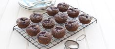 Boysenberry & Chocolate Friands recipe from Food in a Minute Kiwi Recipes, Strawberry Recipes, Almond Recipes, Baking Recipes, Cake Recipes, Dessert Recipes, Desserts, Boysenberry Recipe, Friands Recipe