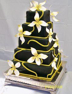 Google Image Result for http://www.kpcakesmi.com/Images/Wedding%2520cakes/Square%2520Wedding%2520Cake1_5.jpg