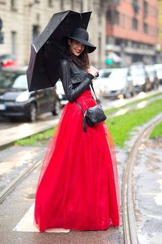 Red long tulle skirt outfit
