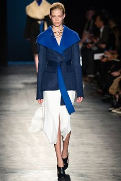 EFFORTLESS. Altuzarra Fall 2014 RTW - Runway Photos - Fashion Week - Runway, Fashion Shows and Collections - Vogue