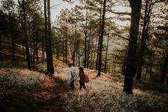 Check out this scenic engagement shoot by Efjay Deleon Photography! Sagada, Engagement Shoots, Wedding Blog, Philippines, Mountain, Country Roads, Concept, Explore, Adventure