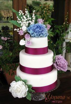 Tarta de Boda con Peonia - Wedding cake with peonies - by Yocuna @ CakesDecor.com - cake decorating website