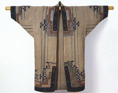 Unknown Ainu Artist, Woman's robe, late 19th-early 20th century (Late Edo-Meiji period), elm bark fiber cloth (attush) with appliqué and emb...