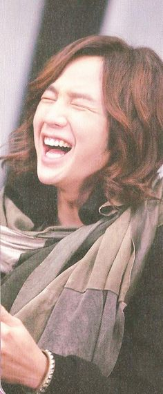 Jang Keun Suk ~~ I can almost hear your laughter. LOL!!