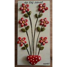 Satıldı.. 20×40 cm #taşboyama  #hobi #orjinal #tasarım #pano #stone #art #rock #stoneart #farklı #öğretmenlergünü #hediyelik #tablo #elyapımı #handmade #taşboyamatablo #instalikes #taşsanatı #sipariş #kişiyeözel #hobinisat  #evdekorasyon #10marifet #yeniyılhediyesi #batıkent #ankara #çiçek #red #flowers #kırmızı