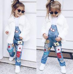 É muita fofura e estilo!!  Capriche no visual de seus filhos também: nós temos uma coleção incrível de óculos infantis!  #oculosinfantil #rayban #oticaswanny #kids
