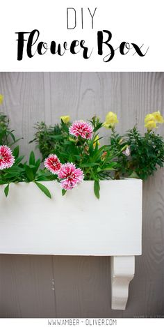 The perfect way to add some seasonal color outside your home is with window boxes. Make your own DIY flower box in under one hour and grow your flowers with organic, good for the earth soil! (Sponsored) #TheHarvestEffect @harvestpower