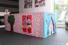 tafelkleed huisje - tafeltent - naaiwerk - stof - kinderen - spelen
