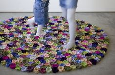 Wool flower rugs by Natalia Pepe - Wooow!