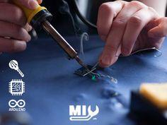 #MIYMakerspace vous propose un atelier d'électronique qui vous permet d'assembler, de tester, de calibrer et/ou de fabriquer toutes sortes d'appareils. Notre atelier d'électronique met à vos disposition des postes de travail équipés d'Arduino, d'outils et d'instruments de mesure. 😍😍 Réalisez, programmez, testez vos prototypes fonctionnels !! Vous avez à votre disposition fer à souder, pinces coupantes, résistances, LED de couleurs, etc. #electroniques #arduino #fablabfribourg #fribourg Arduino, Instruments, Led, Tools, Measuring Instrument, Soldering Iron, Appliances, Colors, Atelier