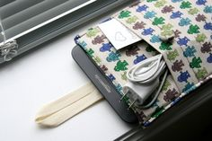Kindle cover with pocket for charger!