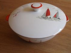 Love this retro vintage Alfred Meakins Red Sails Yacht Boat lidded Serving Dish Vintage Dishes, Vintage China, Vintage Kitchen, Retro Vintage, Alfred Meakin, Yacht Boat, Serving Dishes, Style Ideas, Dinnerware