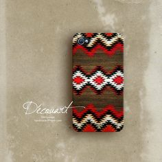 If I had an iphone... it would be wearing this!