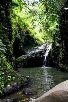 Maunawili Falls. Oahu, Hawaii