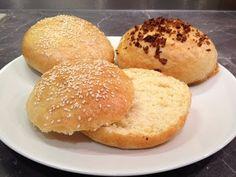 Comment faire des buns maison, les fameux pains à burger ? - YouTube
