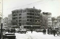 1960'lar Kadıköy Yapı Kredi Bankası'nın yer aldığı binanın inşa dönemi.