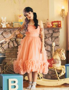"Shop Melanie Martinez peach cocktail party homecoming prom dress in ""Pity Party"" music video for find Melanie Martinez dresses and best celebrity dresses for sale under 200 Melanie Martinez Dress, Melanie Martinez Pictures, Melanie Martinez Dollhouse, Melanie Martinez Birthday, Cocktail Bridesmaid Dresses, Long Cocktail Dress, Prom Dresses, Wedding Dresses, Pity Party"