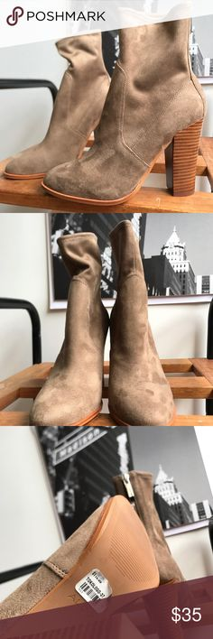🙌🏾Brand New Aldo Ankle Boots #0184NW Brand new Aldo faux suede ankle booties with stretch material around the ankle area & lower leg area for a closer fit. #women #booties #anklebooties #boots #Aldo #size11 Aldo Shoes Ankle Boots & Booties
