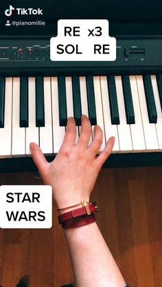 Piano Music Easy, Piano Music Notes, Piano Sheet Music, Piano Lessons, Music Lessons, Solfege Piano, The Piano, Cool Music Videos, Piano Tutorial