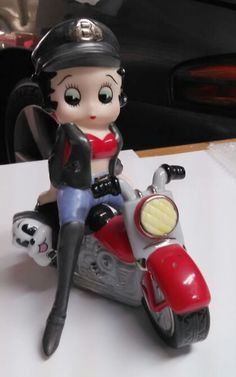 Limited edition biker Betty Boop Salt and Pepper shakers