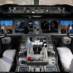 Boeing 787 flight deck - Wow