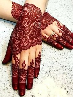 So if you're a bride looking for latest simple #mehndi designs which are simple yet attractive you've hit the jackpot of inspirations. Latest Simple Mehndi Designs, Modern Henna Designs, Designs Henna, Back Hand Mehndi Designs, Latest Bridal Mehndi Designs, Stylish Mehndi Designs, Mehndi Designs 2018, Mehndi Designs For Girls, Mehndi Design Photos