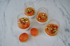Panna cotta, compote aux abricots et pistaches Agar Agar, Menu, Panna Cotta, Vegan, Fruit, Vegetables, Food, Seasonal Recipe, Menu Board Design