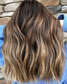 Long Brown Hair With Subtle Highlights Brown Hair Shades, Brown Ombre Hair, Brown Hair Balayage, Brown Blonde Hair, Ombre Hair Color, Brown Hair Colors, Brunette Hair, Blonde Balayage, Bronde Hair