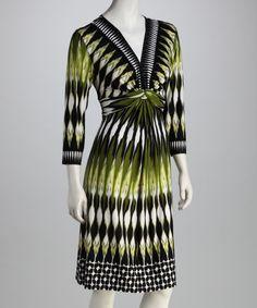 Voir Voir White & Yellow Graphic Twist Dress