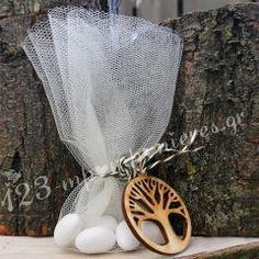 ΜΠΟΜΠΟΝΙΕΡΑ (ΜΙΝΙ) ΜΕ ΤΟΥΛΙ ΚΑΙ ΞΥΛΙΝΟ ΔΙΑΚΟΣΜΗΤΙΚΟ ΔΕΝΤΡΟ ΤΗΣ ΖΩΗΣ - ΚΩΔ:MPO-50641 Napkin Rings, Straw Bag, Wedding Planning, Mini, Decor, Decoration, Decorating, Napkin Holders, Deco