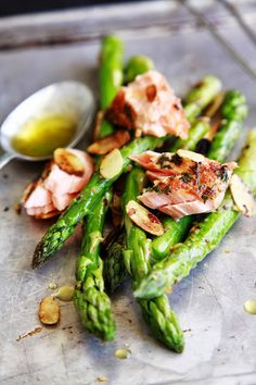Salmon with Almonds & Asparagus :: http://www.thewhimsicalwife.com/2013/10/eat-grow-cook-asparagus.html