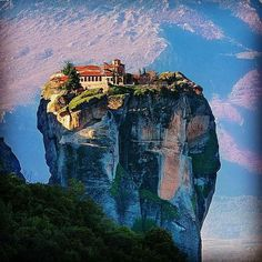 Meet the spectacular Pindus Mountains and Meteora, a UNESCO World Heritage Site. Byzantine, Christianity, Mount Rushmore, Past, Greece History, World, Heritage Site, Ancient Greek, Travel