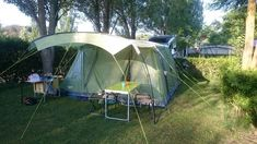 8f061d73d El verano pasado fue nuestra primera temporada de camping con una tienda de  campaña familiar.