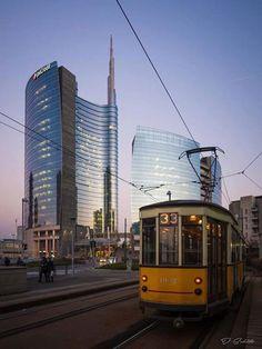 Dite 33.... :-) Foto di Davide Schito #milanodavedere Milano da Vedere
