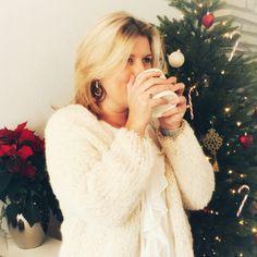 Bernadette festive et comment ajuster les motifs - Tricot et Crochet Free Knitting, Knitting Patterns, Knitting Ideas, Baby Pop, Diy Crochet, Knit Cardigan, Knitwear, Free Pattern, Fashion Beauty