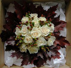 fall wedding flowers | Jo's stunning wedding bouquet of cream roses, autumnal berries, birch ...