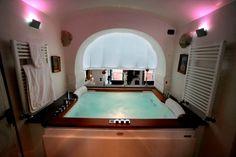 Fino Mornasco, Elegant apartment in Villa Odescalchi - Affitti -  Villa for Rent - Villa with Swimming-pool - Perfect Loocation - Rent Wedding - www.benehabitare.it/en/affitti/