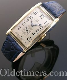 1930s 14ct gold rectangular vintage Omega watch (4270)