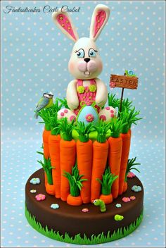 Easter Bunny and Carote Cake by Fantasticakes Cécile Crabot