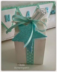 Ciao a tutti e buon Lunedì, anche se piovoso,  finalmente dopo un lungo lavoro posso mostrarvi le bomboniere per il Battesimo di mio nipot...