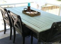 Patio Table Re-do with Duck Egg Blue and Graphite Chalk Paint® decorative paint by Annie Sloan | By Artsy Chicks Rule
