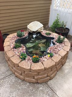 Do you need inspiration to make some DIY Backyard Ponds and Water Garden Landscaping Ideas in your Home? Water garden landscaping is a type of yard design which helps one to capture the essence of nature. Patio Pond, Small Backyard Landscaping, Ponds Backyard, Landscaping Ideas, Backyard Ideas, Koi Ponds, Backyard Patio, Garden Ideas, Garden Ponds