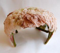 Vintage 1950s Womens Beige Blush Pink Silk Millinery Flower Hat